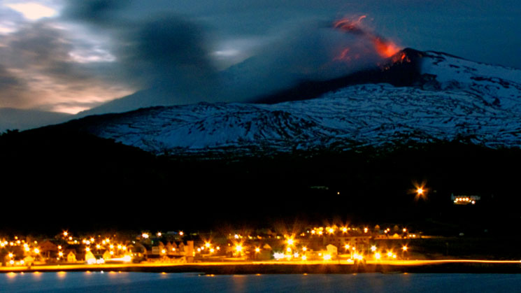 volcan-pone-en-alerta-a-chile-y-argentina